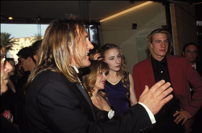 Gérard Depardieu en 1992 avec sa femme Elisabeth et leurs enfants: Julie et Guillaume.