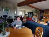Gert en Gery wonen samen met hun zoon en zijn gezin: 'We hebben ons eigen leven'
