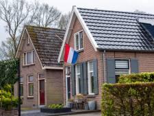 Vlag halfstok in Balkbrug voor oorlogsslachtoffers: volgend voorjaar Stolpersteine