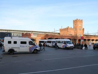 Politie massaal aanwezig aan station Aalst na nieuwe oproep tot gevecht tussen straatbendes
