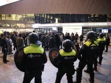 Meerdere arrestaties bij grimmig protest in Rotterdam: confrontatie Turken en Koerden in station