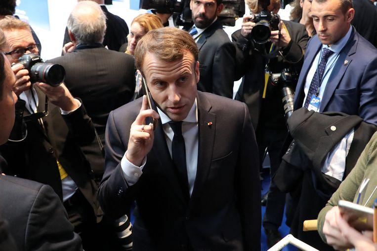 De Franse president Macron zou ook afgeluisterd zijn.   Beeld AFP