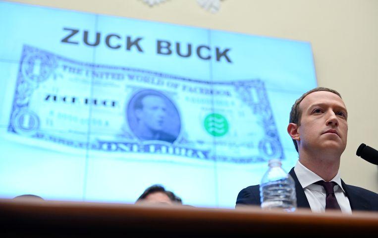 Facebook CEO Mark Zuckerberg tijdens een hoorzitting van het Amerikaanse Huis van Afgevaardigden, over een eerdere poging voor een eigen valuta.  Beeld REUTERS