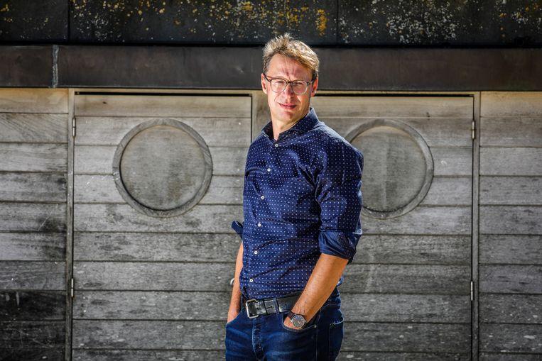 Koen Wauters, wetenschapsjournalist bij de VRT en auteur van 'Mijn vader was een priester, mijn moeder een non': 'Onnavolgbaar.' Beeld Benny Proot