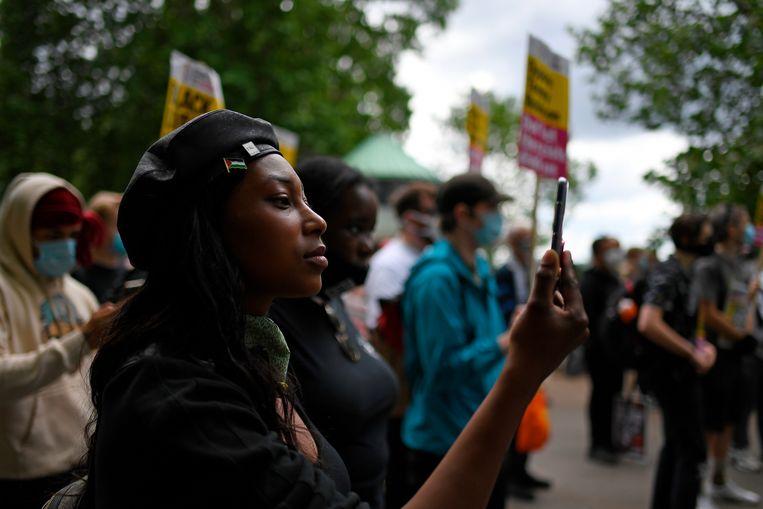 Sasha Johnson bij een protest in Hyde Park, Londen op 13 juni 2020. De activiste werd zondagochtend door haar hoofd geschoten. Beeld AP