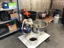 Honderden kilo's illegale waterpijptabak gevonden in Helmond: opnieuw inval bij Syrisch autobedrijf