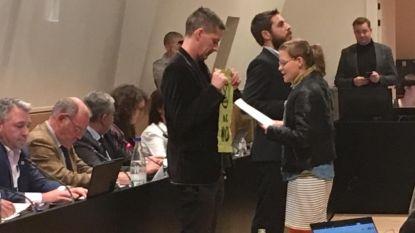 Klimaatactivisten van 'Extinction Rebellion' vallen Hasseltse gemeenteraad binnen