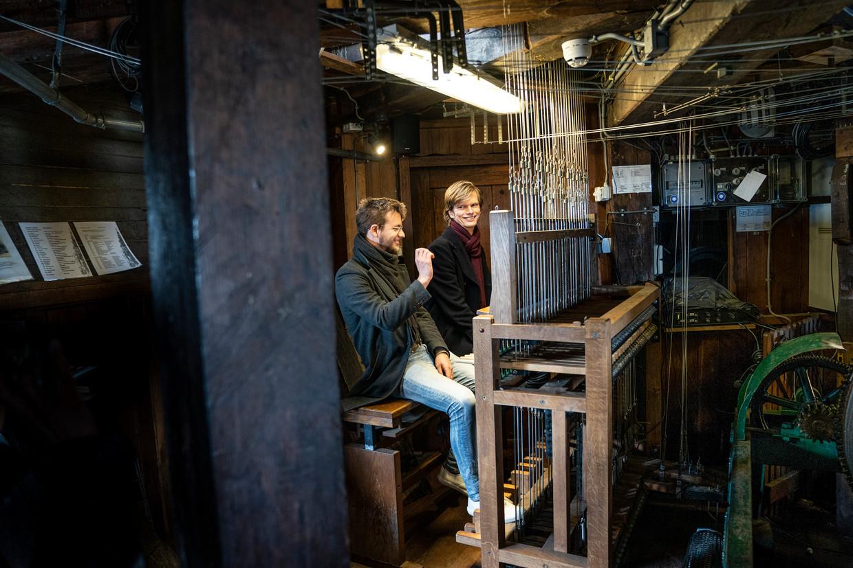 Maurits Bunt en Bob van der Linde zijn de jongste stadsbeiaardiers van Nederland.