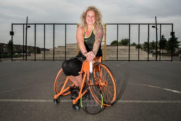Michaela Spaanstra is rolstoeltennister en mist de Paralympische Spelen. ,,Ik sta nog steeds achter die keuze, al is het nog zo naar.''