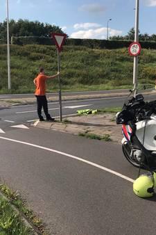 Fietsster gewond door aanrijding in Oldenzaal