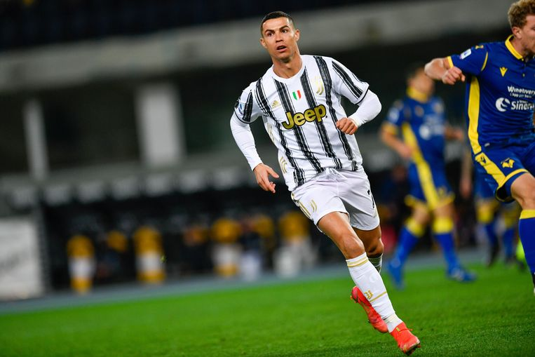 Ronaldo scoort 42 procent van de doelpunten van Juventus in de Serie A. Beeld Photo News