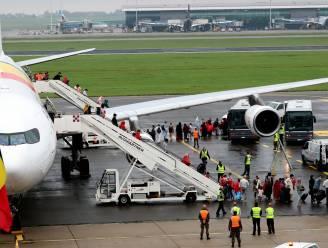 Nu ook tweede vliegtuig met geëvacueerden geland in Melsbroek: in totaal ruim 200 mensen aangekomen