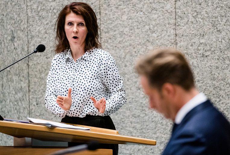 Esther Ouwehand (PvdD)  in de Tweede Kamer . Beeld ANP