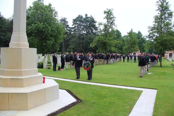 Op de Canadese oorlogsbegraafplaats aan de Ruytershoveweg worden de soldaten herdacht.