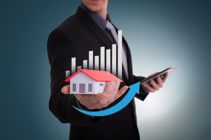 De huizenprijzen pieken, bijna iedereen kan winst maken bij verkoop.