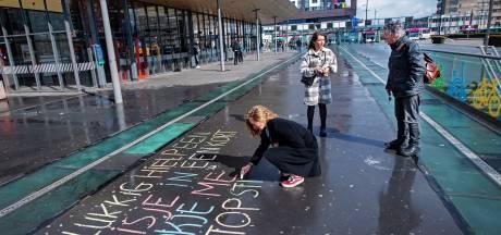 Stoepkrijten tegen intimidatie op straat: 'Het gebeurt ook hier in Nijmegen'