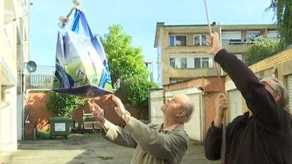 Lift al 33 dagen kapot: bejaard koppel  krijgt boodschappen  per koord naar boven gehesen
