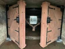 De sluizen in de dijk bij Lorregat krijgen na zestig jaar nieuwe (zware) deuren : 'De oude zijn op'