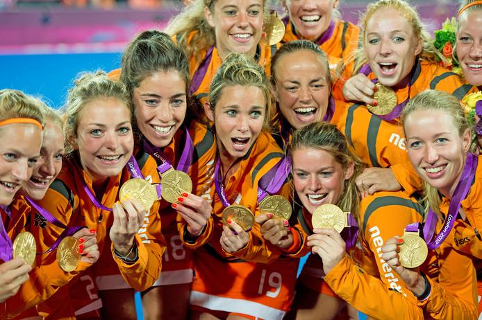 De Nederlandse hockeyvrouwen veroverden op de Spelen van 2012 goud.