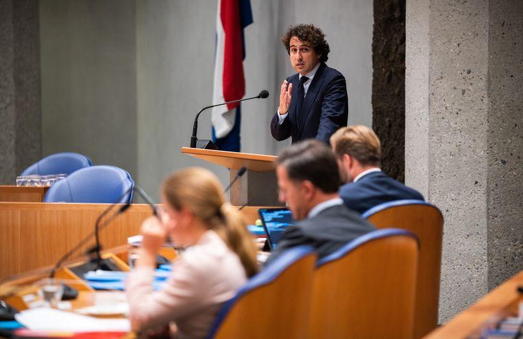 Jesse Klaver (GL) en de ministers tijdens de Algemene Politieke beschouwingen in de tijdelijke Tweede Kamer. Het Debat Instituut riep Klaver uit tot winnaar van het debat. Beeld Freek van den Bergh / de Volkskrant