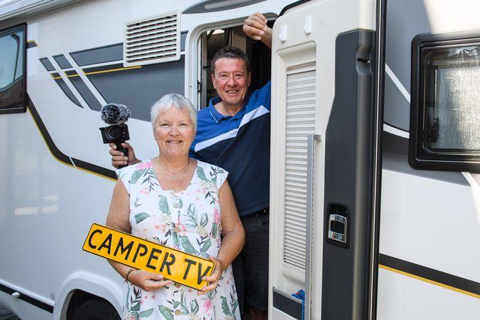 Erik en Wilma Veltkamp maken vlogs op YouTube, elke week een nieuwe aflevering voor Camper TV.