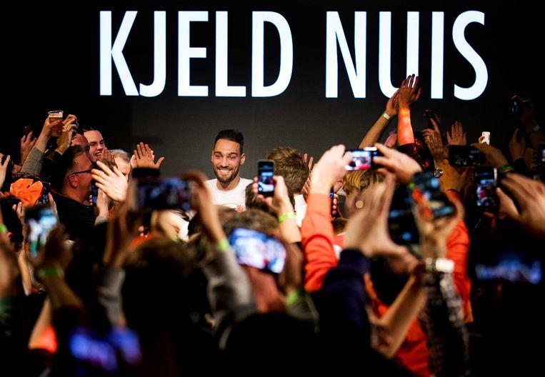 Kjeld Nuis tijdens de huldiging in het Holland Heineken House na de gouden medaille op de 1000 meter tijdens de Olympische Winterspelen van Pyeongchang. Beeld ANP