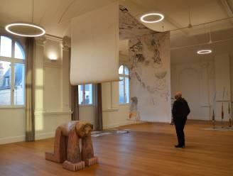 Krasj biedt eerste inblik in Liberale Kring en laatste in café Passage: Eerste evenement in maanden toont werk van dertig kunstenaars op bijzondere locaties