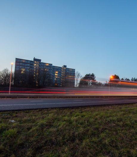 Terug naar 100 km/u om stikstofregels? De vlag gaat uit in de wijk Heusdenhout aan de A27 bij Breda