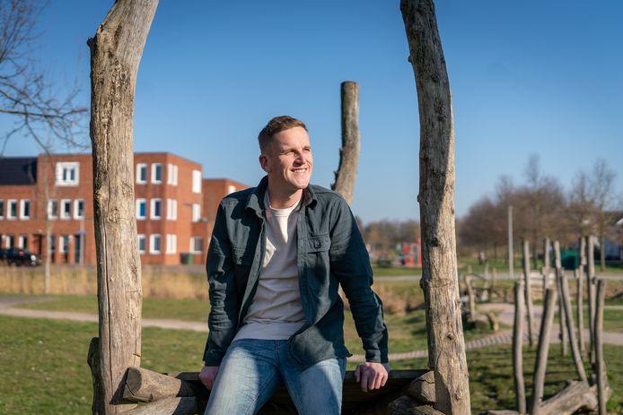 Sjoerd Overgoor, speler van TOP Oss, moet een punt achter zijn profloopbaan zetten na een zware knieblessure.