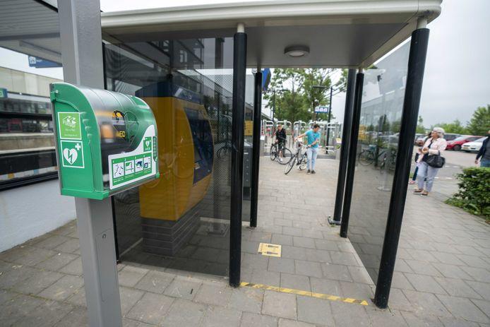 Een nieuwe AED op station Culemborg