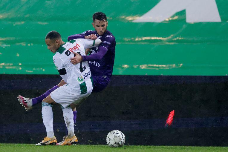 Damil Dankerlui van FC Groningen en Giacomo Quagliata van Heracles. Beeld BSR Agency