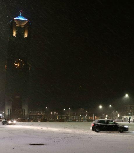 Sneeuw!, maar lang kunnen we er niet van genieten in Oost-Nederland...