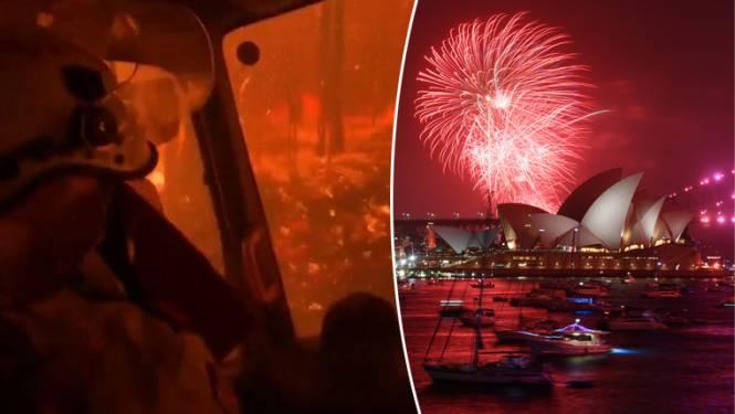 Terwijl brandweer omsingeld wordt door vuurzee en duizenden mensen naar stranden vluchten: groots vuurwerk in Sydney