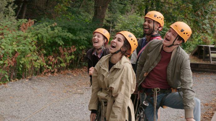 Ellen Verest (Nora), Kim Van Oncen (Saartje), Yemi Oduwale (Elias), Kristof Goffin (Alex) in 'Dertigers'.