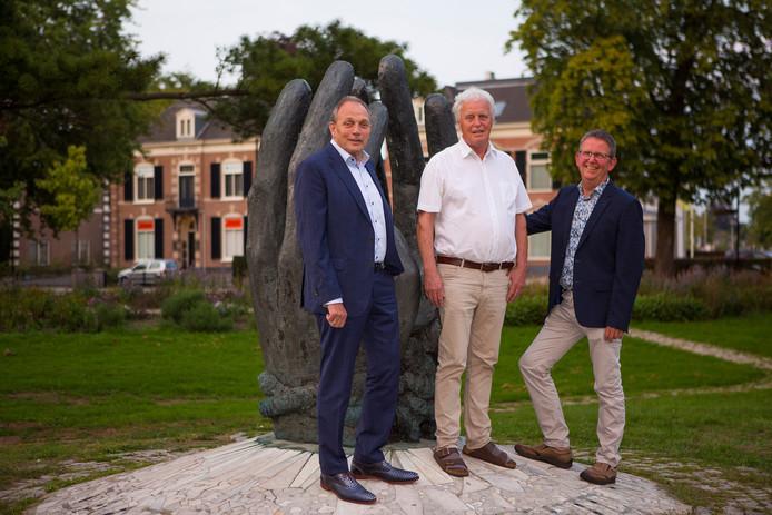 V.l.n.r. Ton Menke, Lubbert Baarssen en Henk Sleumer, bestuursleden van de drie koren die samengaan in één Achterhoeks Mannenkoor.