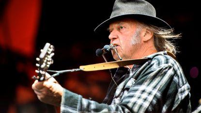 Canadese oerrocker Neil Young zit opnieuw in de opnamestudio met Crazy Horse