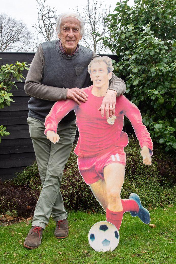 De 75-jarige en 25-jarige Addy Brouwers kunnen leven met elkaar. 'Ik zou in geen andere periode hebben willen voetballen bij NAC.