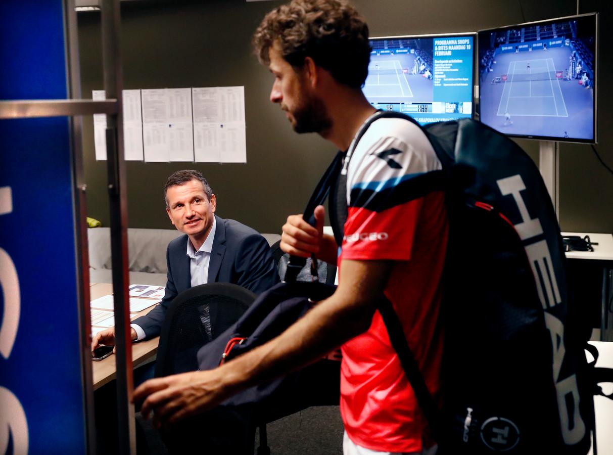Toernooidirecteur Richard Krajicek en Robin Haase.