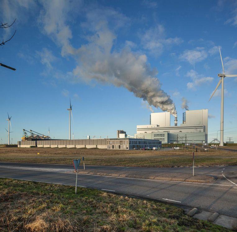 De nieuwe kolencentrale van RWE in de Groningse Eemshaven. Beeld Harry Cock / de Volkskrant