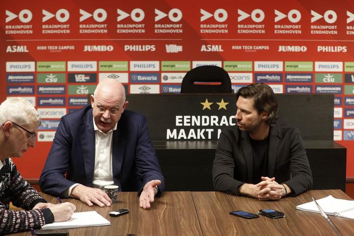 Toon Gerbrands en John de Jong lichtten in december het ontslag van Mark van Bommel toe. De directeur baalt nog steeds van de situatie, maar vond de wegzending onvermijdelijk.