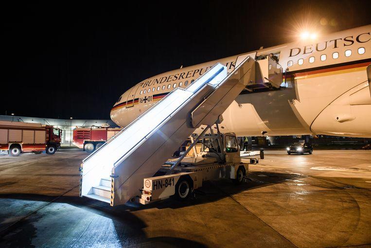 Het regeringsvliegtuig moest uitwijken naar het vliegveld van Keulen.  Beeld EPA