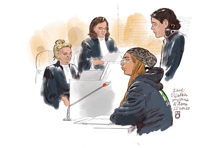 Noura O. tijdens een zitting in de Amsterdamse rechtbank.