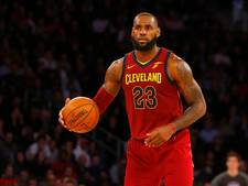 Cavaliers met James pas in verlenging langs Clippers
