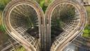 De attracties in De Efteling liggen stil, maar de pretparken werken eraan hun bezoekers weer te kunnen verwelkomen.