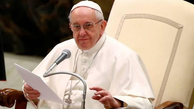 """Paus Franciscus: """"Kindermisbruik door priesters is werk van de duivel"""""""