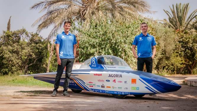 Limburgs duo rijdt met zelfgebouwde zonnewagen 2.500 kilometer door Marokkaanse Sahara