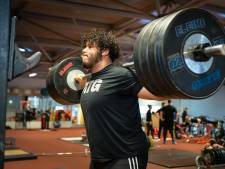 Nijmeegse gewichtheffer Kuworge breekt nationale records, maar pakt nog geen ticket voor Spelen