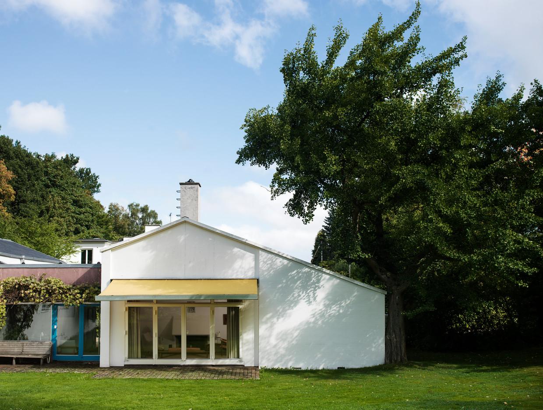 Het Finn Juhl House in het Deense Charlottenlund. Beeld RV
