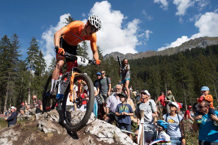 Als mountainbiker aast Van der Poel op een medaille in Tokio. Beeld EPA