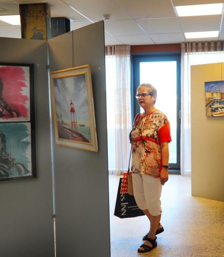 Tentoonstelling schildercursisten in Vlissings zorgcentrum Scheldehof